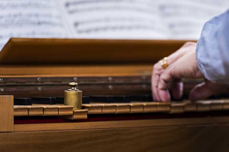 Piano, poids et cours de musique